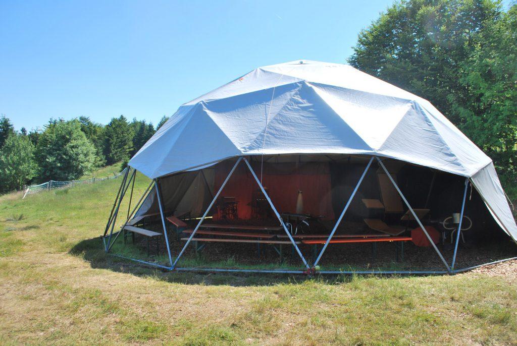4 4 & Geodesic tents | Solfasirc